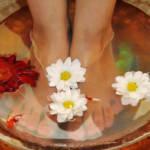 Ноги воняют: что делать и как устранить сильный запах?