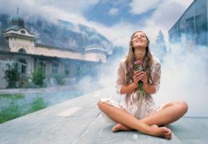 Как стать позитивным и жизнерадостным человеком: советы психологов