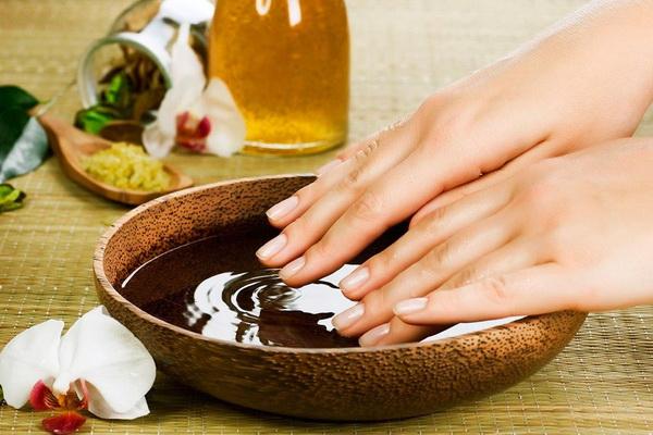 солевые ванны при экземе на руках