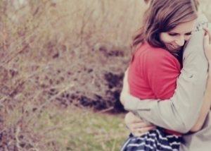 Почему людям необходимы доказательства в любви партнера?