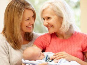 Как перестать ревновать своего малыша к бабушке?