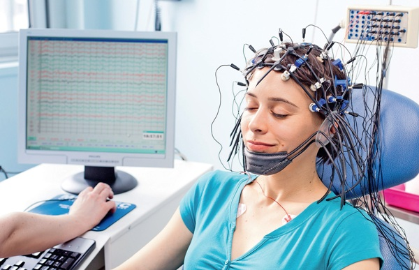 диагностика энуреза у взрослых проводится с помощью электроэнцефалограммы