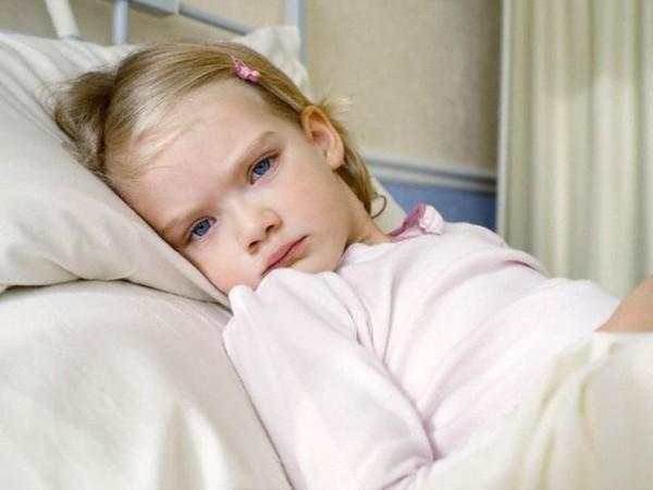 при почечной недостаточности у ребенка наблюдается слабость и бледность кожных покровов