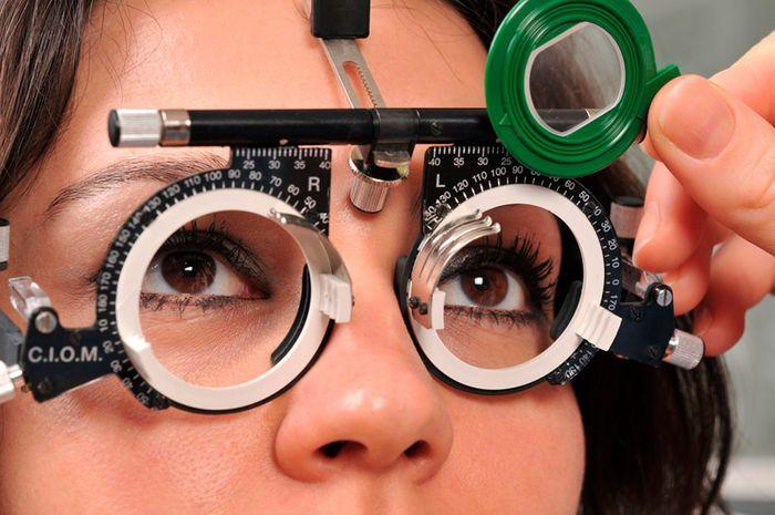 Подбор очков и диагностика зрения