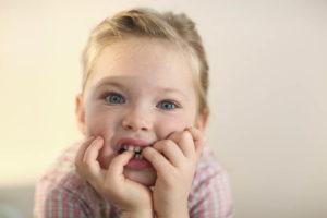 Что такое онихофагия у детей?