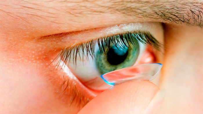 Применение линз для глаз