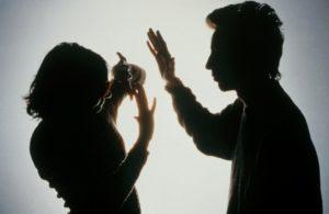 Тиранические отношения в семье