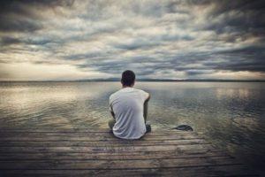 Что такое одиночество: определение понятия
