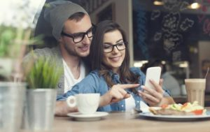 Как общаться с парнем или девушкой, если нам не о чем говорить: рекомендации