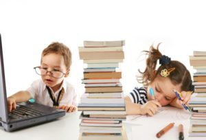 Кто изучал проблему готовности к школьному обучению?