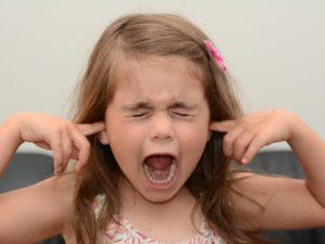 Чем успокоить гиперактивного малыша?