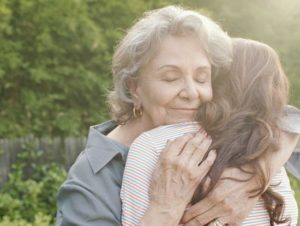 Как успокоить бабушку?